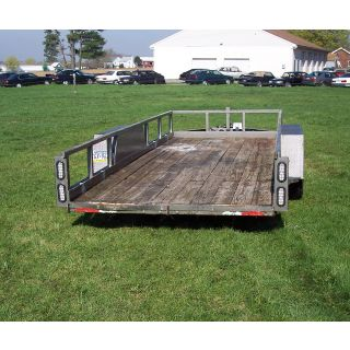 2010 CHW 18' Lowpro Used Trailer